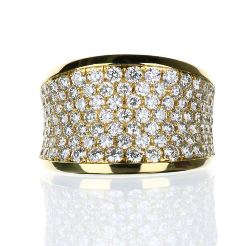 Large yellow gold right hand diamond ring
