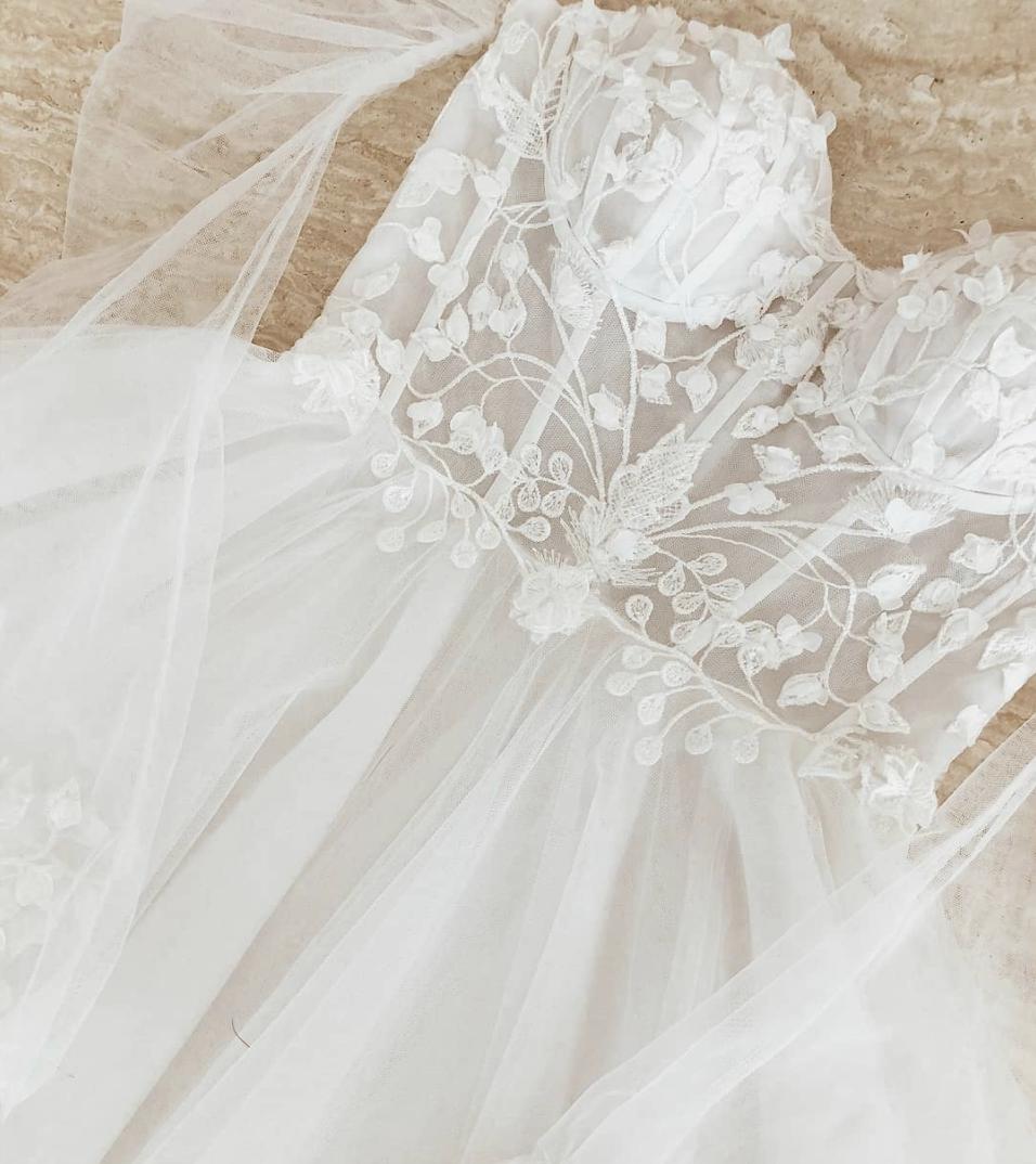 White Magnolia Dress Boutique